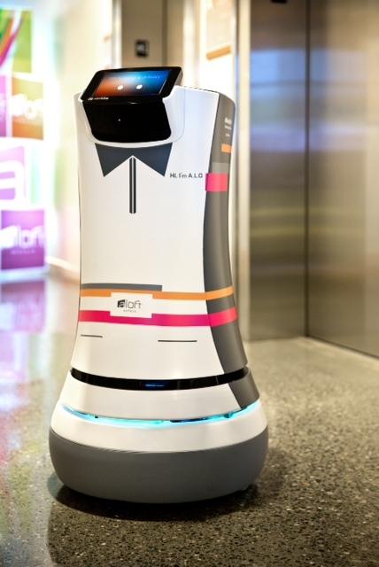 Roboter-Butler im Aloft Cupertino
