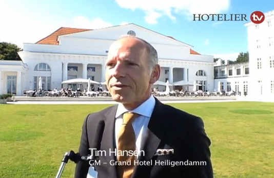 Tim Hansen, General Manager des Grand Hotels Heiligendamm, im Interview mit HOTELIER TV