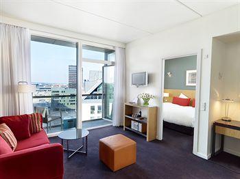 Adina Apartment
