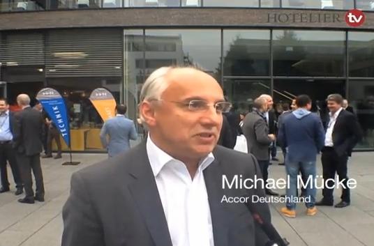 Accor-Deutschlandchef Michael Mücke: Hotellerie verschläft digitalen Zukunftstrend - Interview bei HOTELIER TV soll wachrütteln