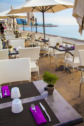 Restaurant - Elena Belyaeva - Fotolia