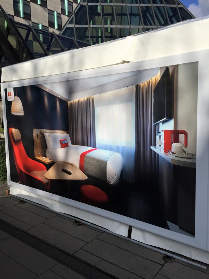 Holiday Inn Express Hotelzimmer der Zukunft (Foto: Marco Nussbaum)