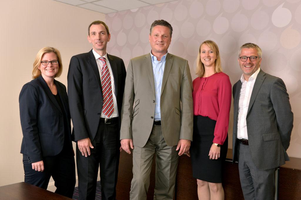 Das Premier Inn-Team für Deutschland steht (von links): Natalie Busch, Mark Sommer, Eric Hübbers, Elisabeth Knopp, Steve Hammond. Nicht im Bild: Richard Pearson