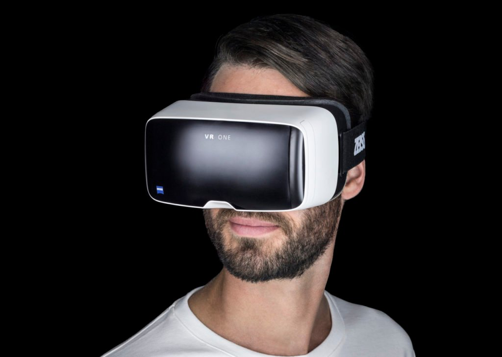 "Virtual Reality Brille ""Zeiss VR One"" - Foto: Zeiss"