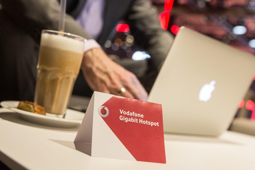 Highspeed-Wlan in der Gastronomie zu Gigabit-Geschwindigkeiten (Foto: Vodafone)
