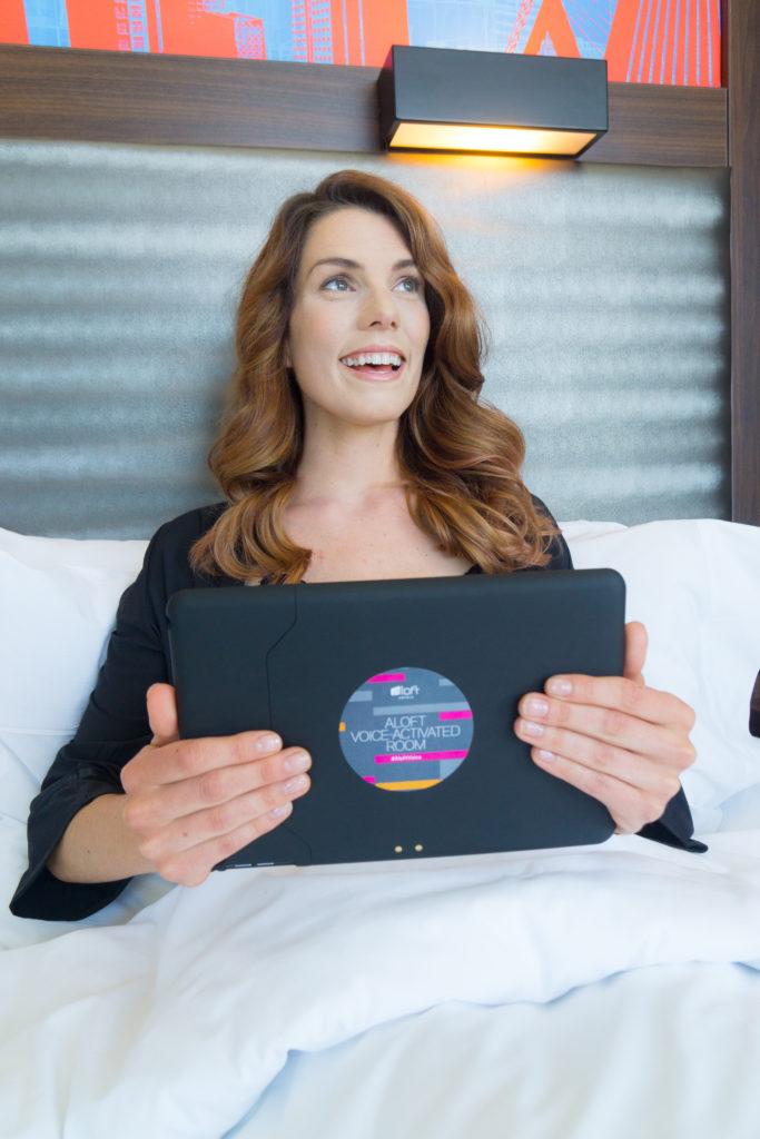 Aloft punktet mit den ersten sprachgesteuerten Hotelzimmern der Welt
