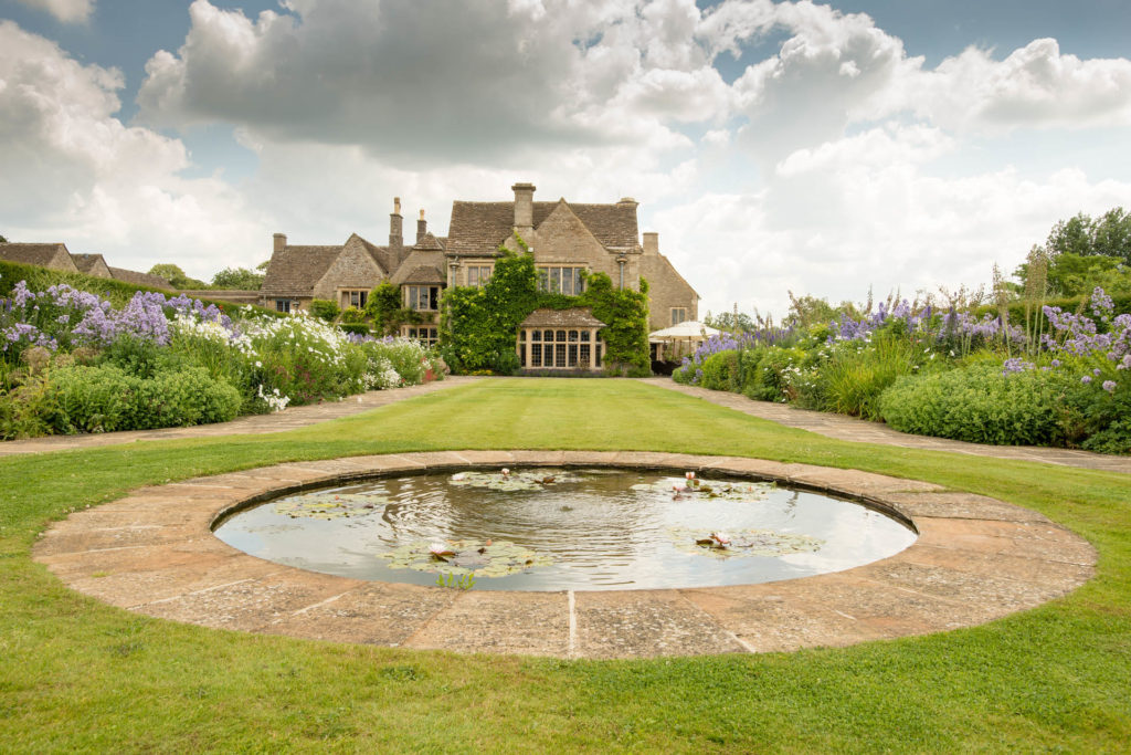 Swanky Whatley Manor