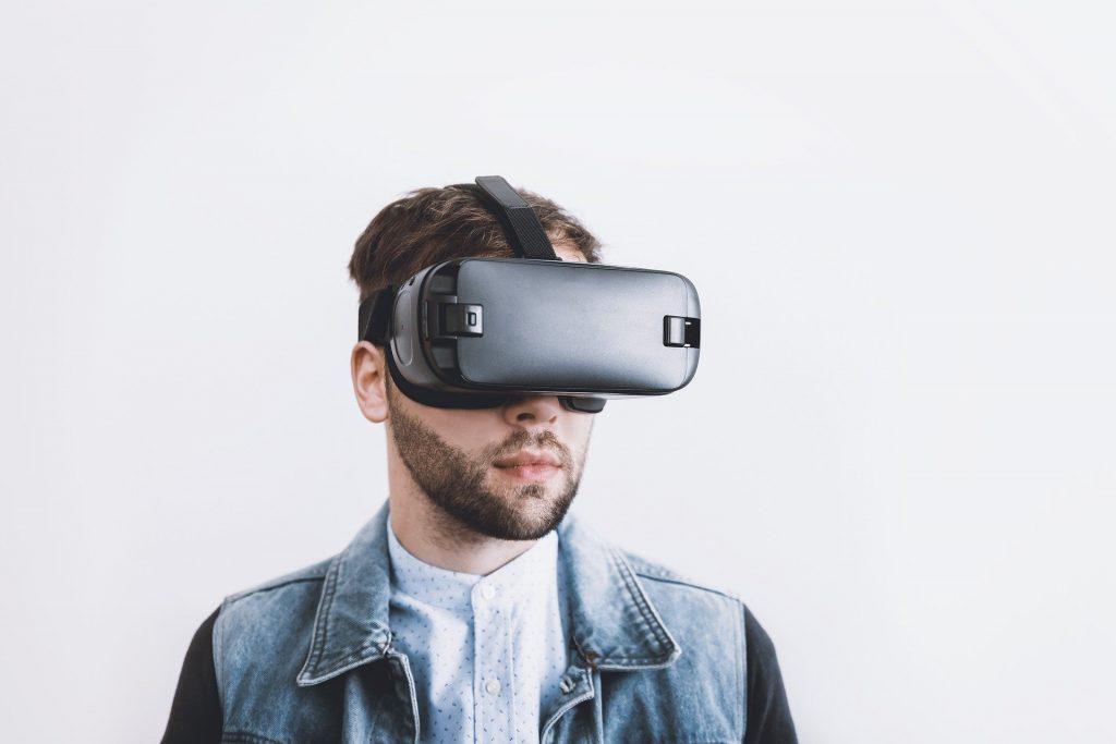 Virtual Reality (Foto: Jeshoots / Pixabay)